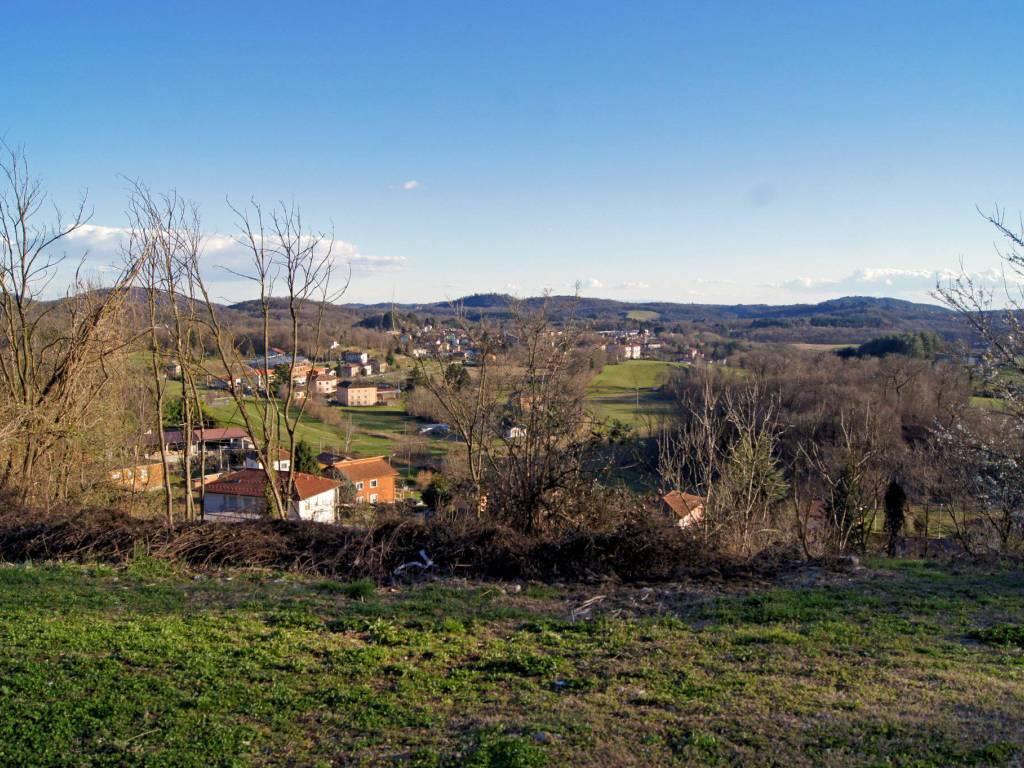 foto  Terreno edificabile residenziale a Viggiù