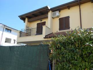 Foto - Villetta a schiera via Tronto, Cerratina, Pianella