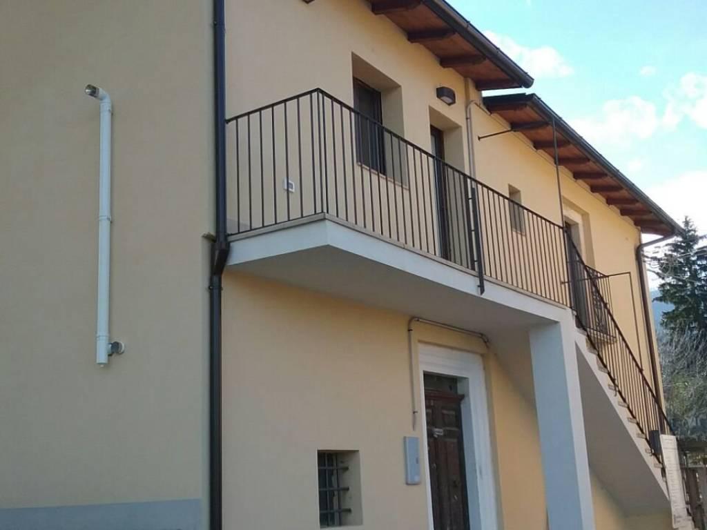 foto  Villa via 20 Settembre, Tione degli Abruzzi