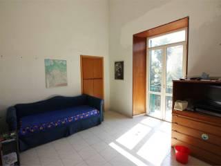 Foto - Quadrilocale vico lungo Sanagostino, Materdei, Napoli