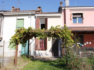 Foto - Villetta a schiera 4 locali, buono stato, Quargnento