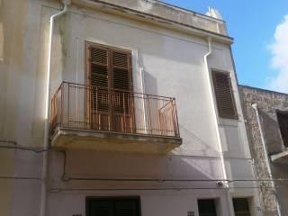Foto - Palazzo / Stabile via Caruso 189, Cinisi