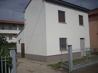 Foto - Villa via Fratelli Bedeschi 6, Alfonsine