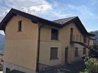 Foto - Palazzo / Stabile via Santa Valeria 75, Rezzago