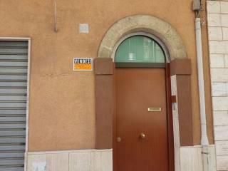 Foto - Palazzo / Stabile via Fratelli Mellone 27, Tre Carrare - Battisti, Taranto