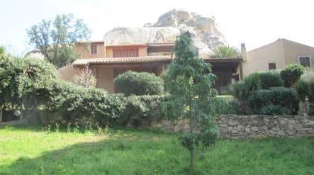 foto  Villa unifamiliare 319 mq, Arzachena