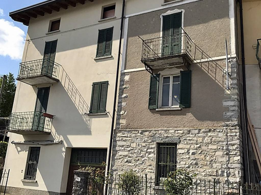 foto  Casa indipendente via Santa Valeria 75, Rezzago