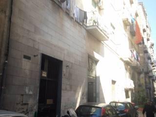 Case in Affitto: Napoli Quadrilocale da ristrutturare, terzo piano, Museo, Napoli