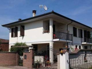 Foto - Villa via Vignale II 35, Confienza