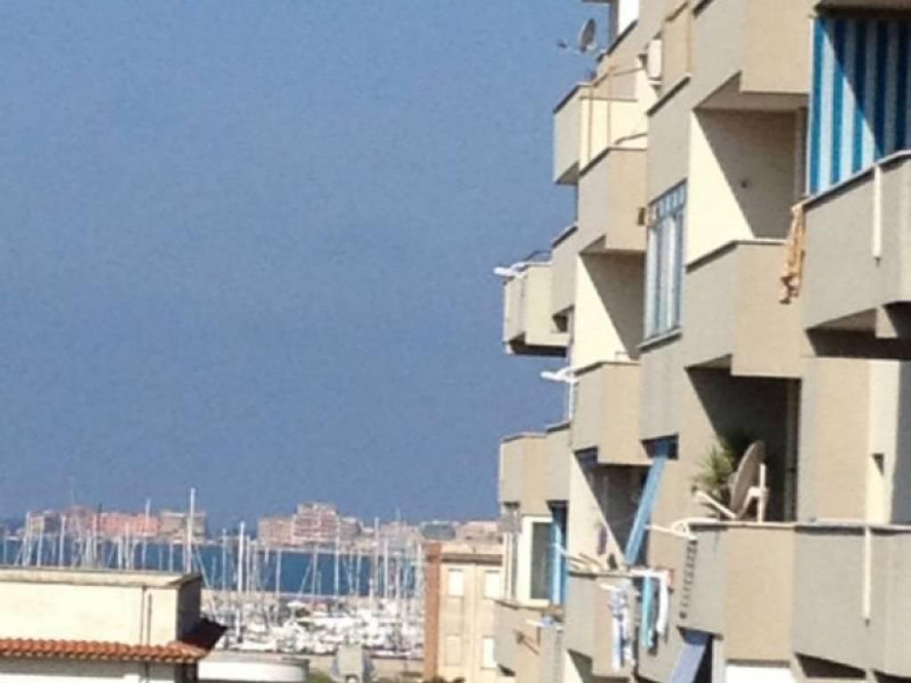 foto  Building largo Don Temistocle Signori, Nettuno
