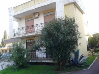 Foto - Palazzo / Stabile tre piani, da ristrutturare, Sant'Agata li Battiati