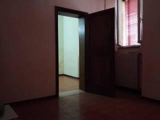 Foto - Trilocale buono stato, piano terra, Mantova