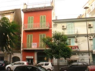 Foto - Palazzo / Stabile tre piani, da ristrutturare, Secondigliano, Napoli