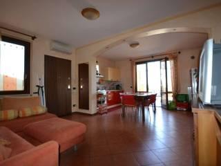 Foto - Trilocale via tovini, 10, Manerba del Garda