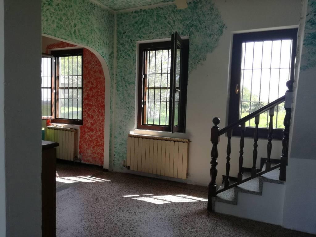 foto  Casa indipendente via Avogadro di Collobiano, Salasco