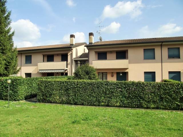 Appartamento in affitto a Uggiate-Trevano, 3 locali, prezzo € 550   Cambio Casa.it