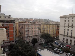 Foto - Bilocale buono stato, quinto piano, Piazza della Vittoria, Genova