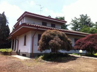 Foto - Villa, da ristrutturare, 263 mq, Casatenovo