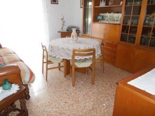 Foto - Quadrilocale buono stato, secondo piano, Riva Ligure