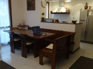 Foto - Trilocale ottimo stato, primo piano, Villa D'Adda
