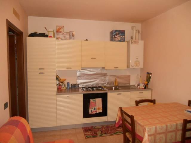 Appartamento in affitto a Luzzara, 2 locali, prezzo € 380 | Cambio Casa.it