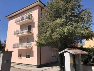 Foto - Quadrilocale buono stato, terzo piano, L'Aquila