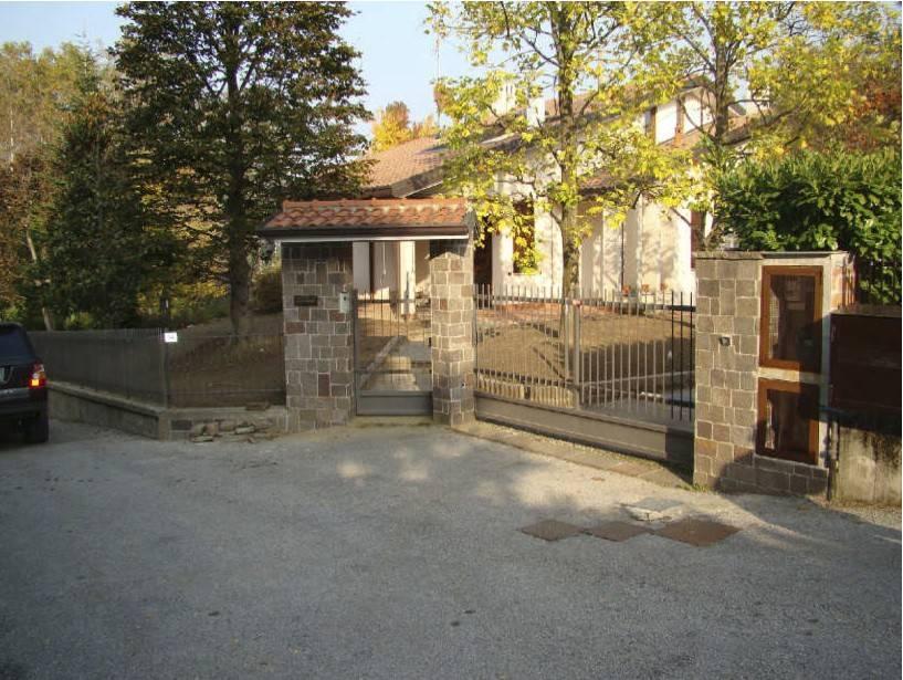 foto  Villa via del Poggio, Barzago