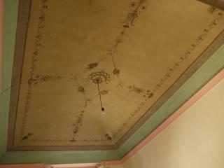 Foto - Palazzo / Stabile due piani, da ristrutturare, Pistoia