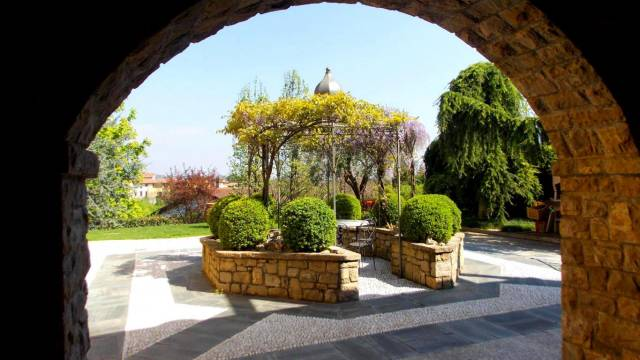 Villa in vendita a Montevecchia, 6 locali, prezzo € 890.000 | Cambio Casa.it