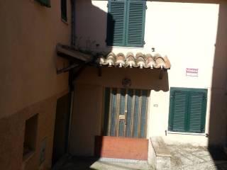 Foto - Appartamento via Crucianelli 26, Castelraimondo