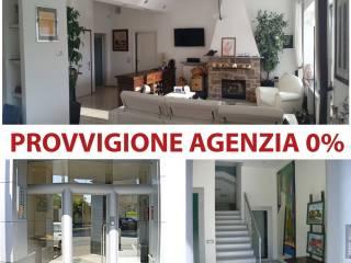 Foto - Appartamento nuovo, secondo piano, Biella
