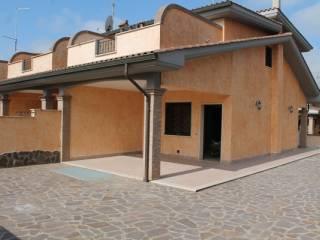 Foto - Villa, nuova, 145 mq, Pomezia