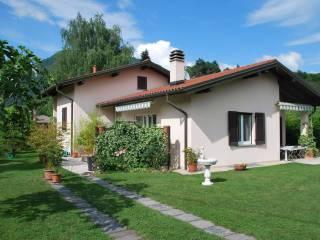 Foto - Villa via Canvale 1, Mombello, Laveno Mombello