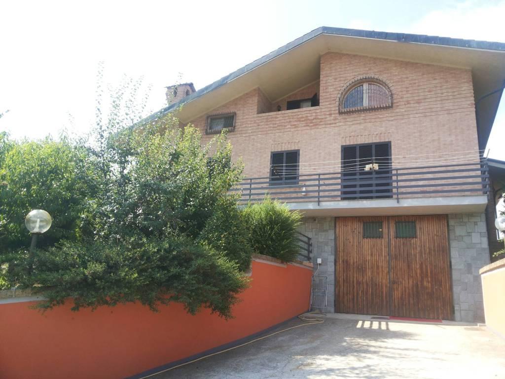 foto esterno Single family villa, excellent condition, 330 sq.m., Sommariva Perno