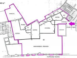 Foto - Appartamento da ristrutturare, secondo piano, Centro città, Mantova