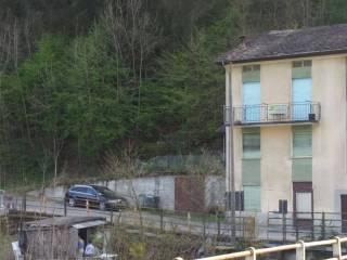 Foto - Palazzo / Stabile quattro piani, da ristrutturare, Castello dell'Acqua