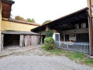 Foto - Rustico / Casale via Giuseppe Verdi 12-14, Inveruno