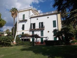 Foto - Trilocale buono stato, primo piano, Ventimiglia