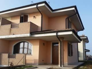 Foto - Villa via Giuseppe di Vittorio, Fornaci, Terranova Dei Passerini