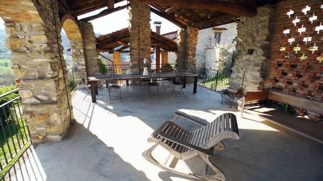 Villa in vendita a Montacuto, 6 locali, prezzo € 590.000   Cambio Casa.it