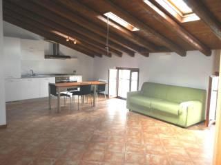 Foto - Trilocale ottimo stato, ultimo piano, Cogozzo, Villa Carcina