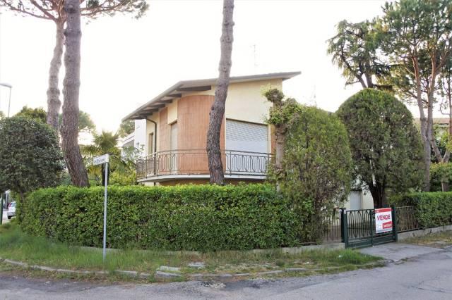 Villa in vendita a Cervia - Milano Marittima, 6 locali, prezzo € 595.000 | Cambio Casa.it