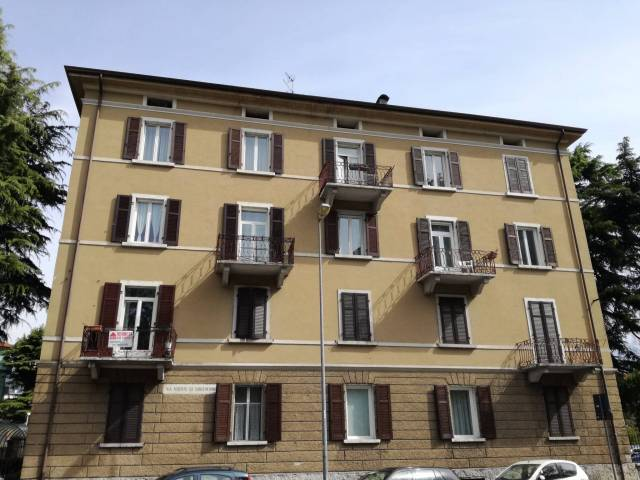 Appartamento in vendita a Trento, 4 locali, prezzo € 370.000 | Cambio Casa.it