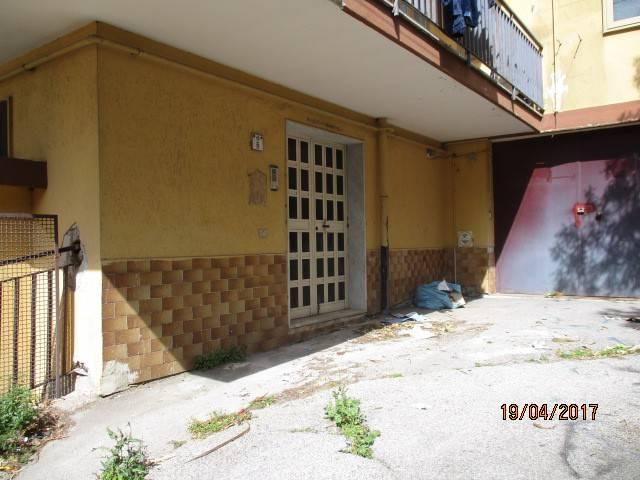 Magazzino in affitto a Mercato San Severino, 1 locali, prezzo € 170 | CambioCasa.it