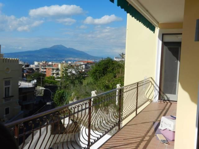 Appartamento in vendita a Vico Equense, 3 locali, prezzo € 440.000 | Cambio Casa.it