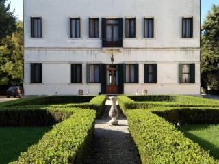 Foto - Palazzo / Stabile tre piani, ottimo stato, Fiesso D'Artico