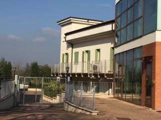 Foto - Trilocale nuovo, piano rialzato, Mantova