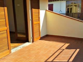 Foto - Appartamento nuovo, primo piano, Donnini, Reggello