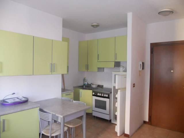 Appartamento in affitto a Guastalla, 2 locali, prezzo € 350   Cambio Casa.it