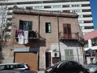 Foto - Palazzo / Stabile due piani, da ristrutturare, De Gasperi, Palermo